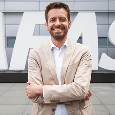 Portret van Bas van der Veldt en inzetbaar als spreker voor uw evenement